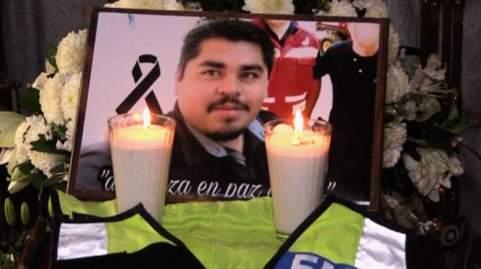 242432g-_h09_mexican-journalist.jpg